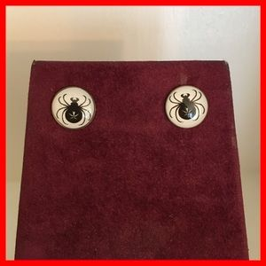 $4 or FREE when spend $15 & up. Spider earrings.